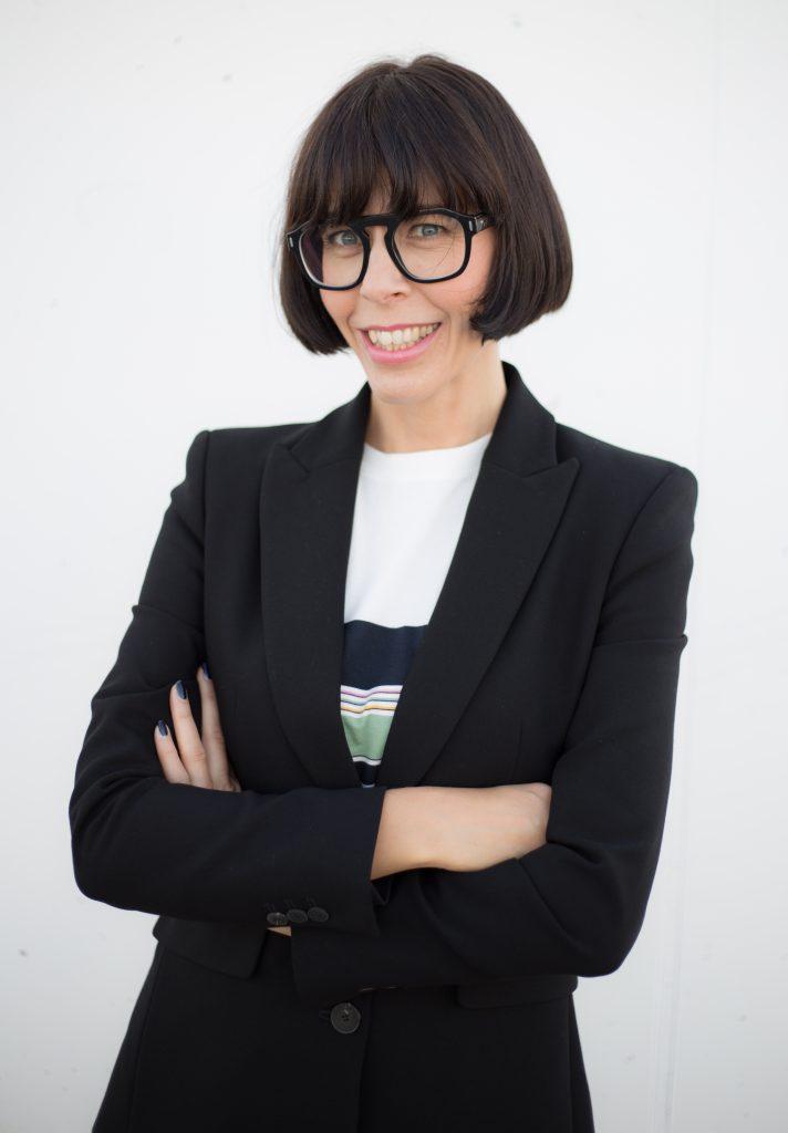 Eine Brille passend zur Gesichtsform und zum Haarschnitt