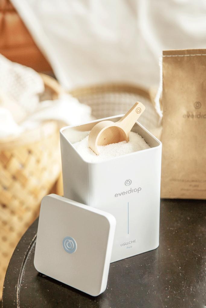 Das Waschmittel Pure von Everdrop um nachhaltig waschen zu können